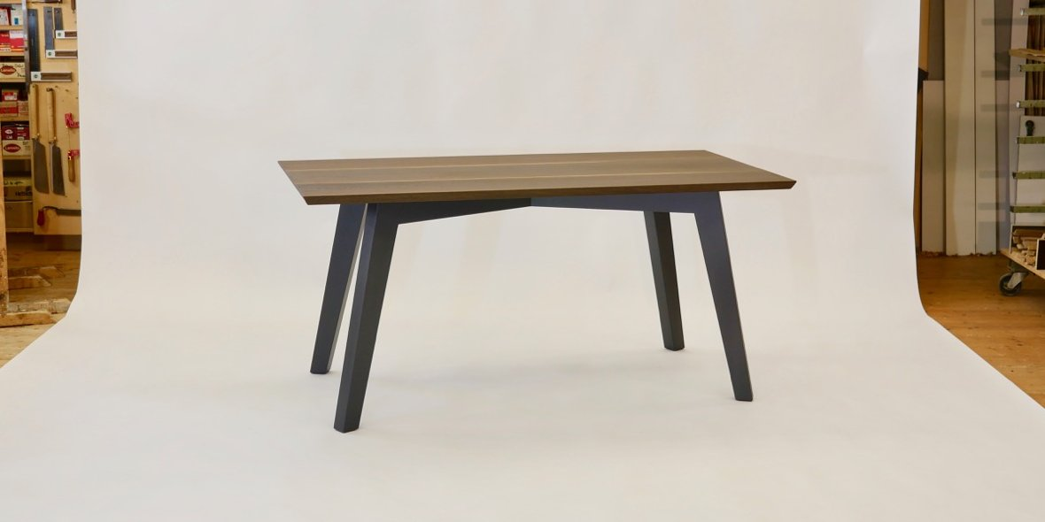 Tisch Massivholz Design Nussbaum