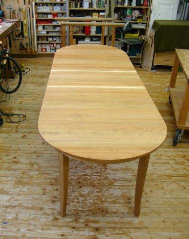Kirschbaum Tisch