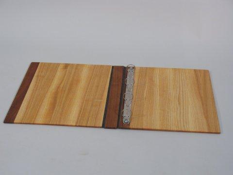 Ordner aus Holz