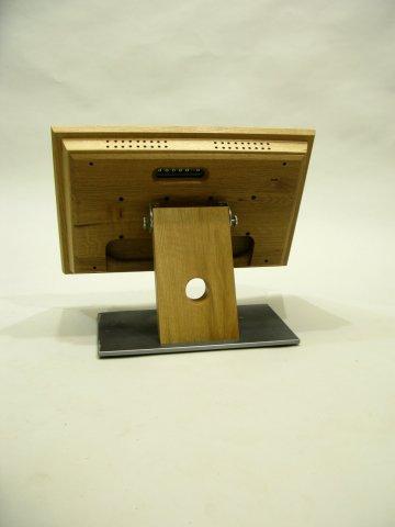 Monitor aus Holz