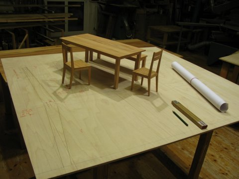 Modell Tisch und Stühle